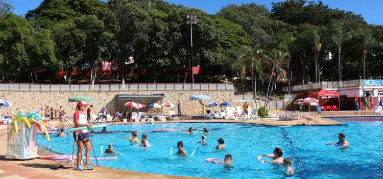 VOLTA AS AULAS NO PARQUE AQUÁTICO